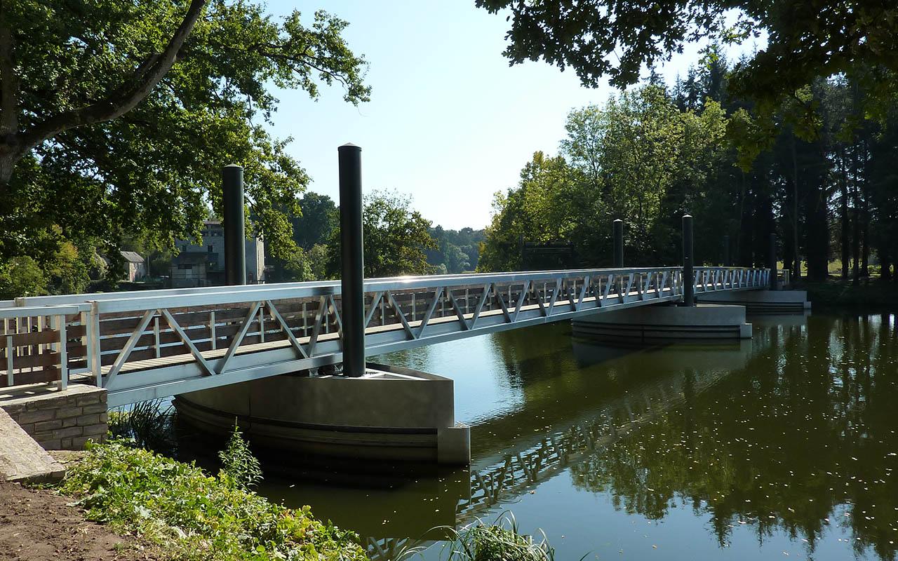 passerelle-riviere-metalu_0001_2