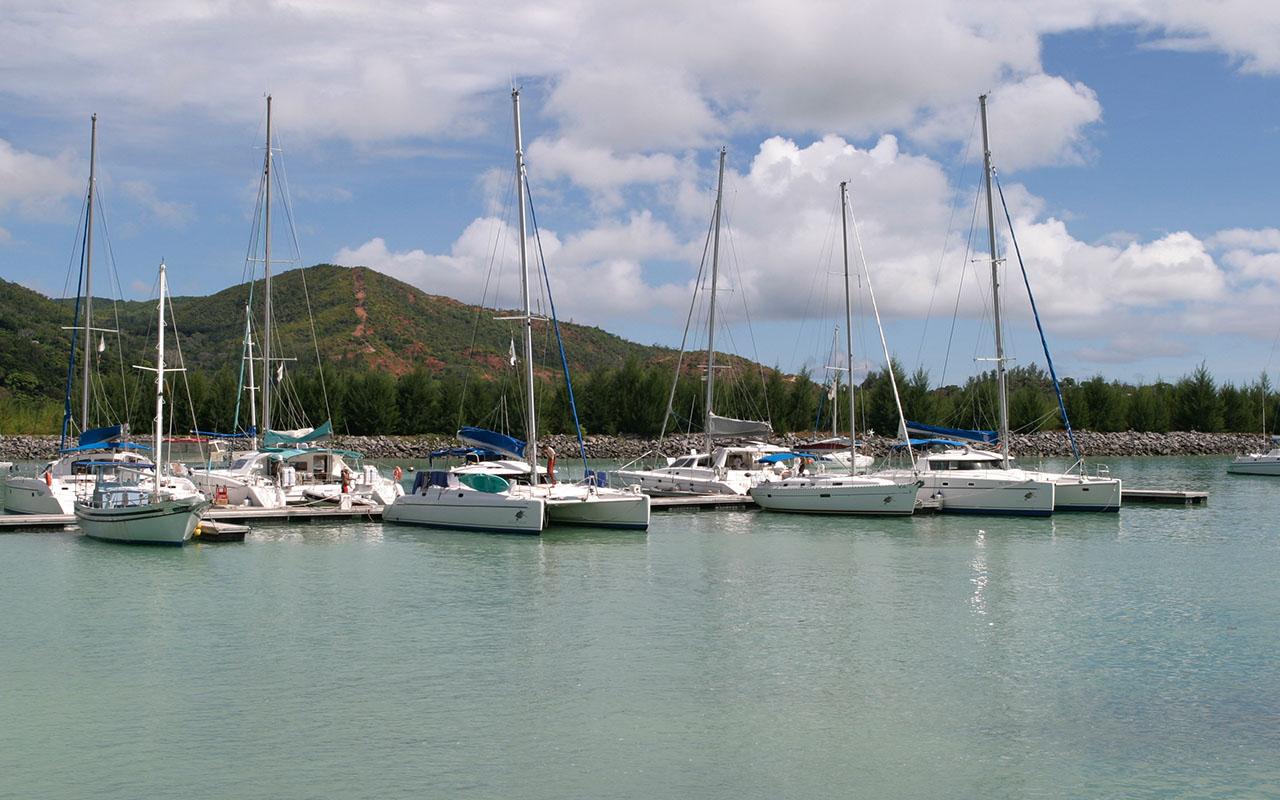metalu_0002_Praslin- Les Seychelles
